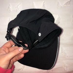 Black lululemon hat